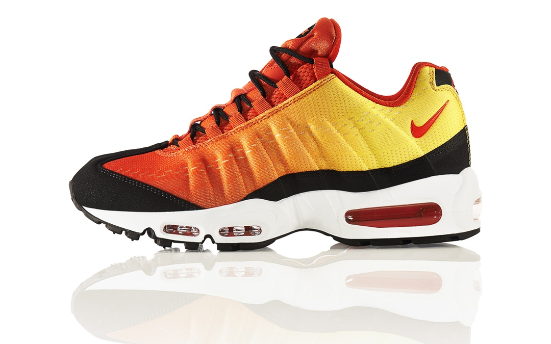 SUNSET_Air_Max_95_Profile_2048_20083