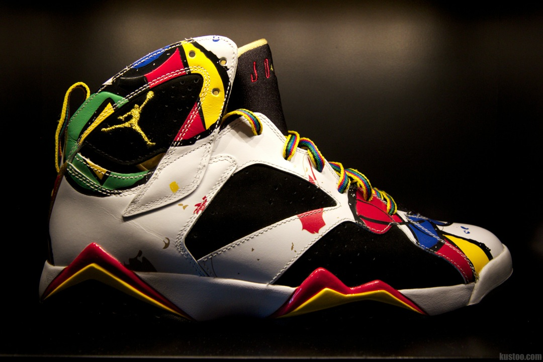 "Chris Paul Air Jordan 7 ""Miro"""