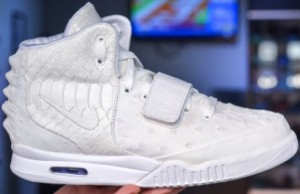 nike-air-yeezy-2-all-white-02