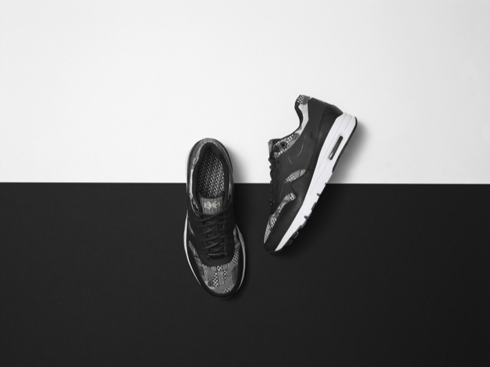 Nike_SP15_BHM_FTWR_WMNS_AMX1_Final_36540 copy