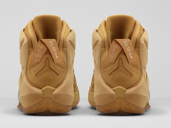 nike-lebron-12-ext-wheat-02